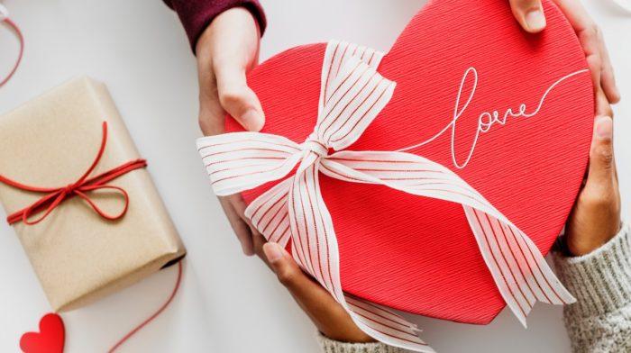 Gift Guide: cosa regalare questo San Valentino?