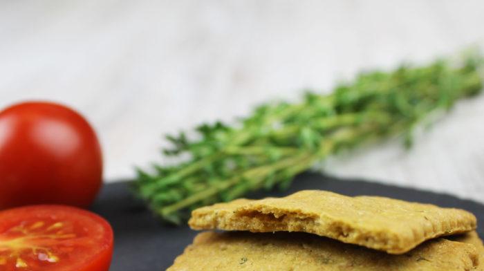 Crackers proteici sarati cu chimen