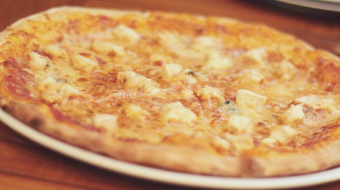 Gustări sănătoase | Rețetă de Pizza din Lipie fără Gluten