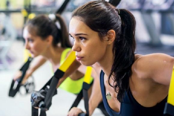 TRX skuldertræning | 5 styrkeøvelser
