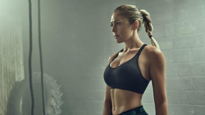 2-split træningsprogram | Træn ben og overkrop med bikinifitness atlet