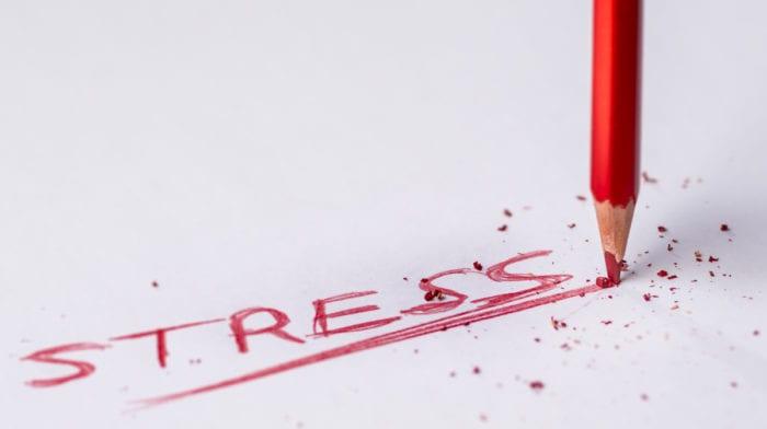 Føler du dig stresset? Stress kan påvirke dit vægttab