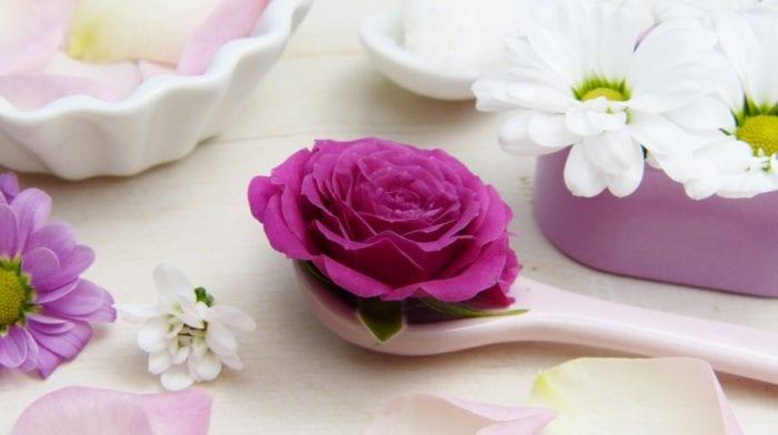 Få ren og sund hud | Hvilke vitaminer er bedst mod akne og uren hud?