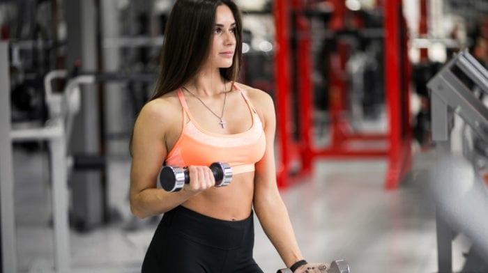 Hvad er fordelene ved styrketræning og cardiotræning?
