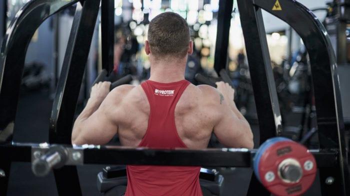 Rygtræning | Sådan øger du din muskelmasse for den brede rygmuskel