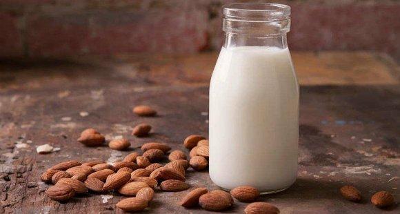 Молоко: пить или не пить? | Польза и вред