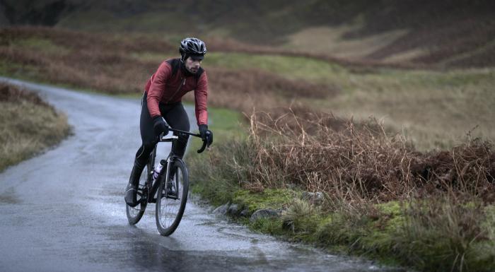 заниматься велосипедным спортом