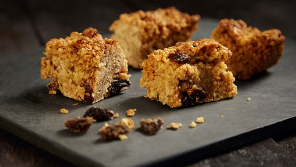 Healthy Snacks | Raisin Oatmeal Bars