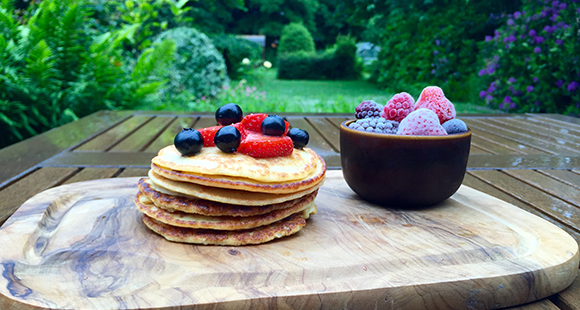 Healthy Snacks | Summer Fruits Protein Pancakes
