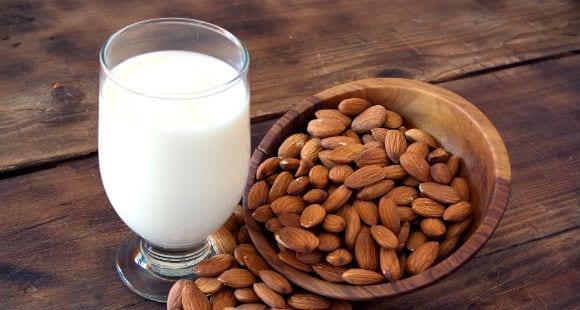 The 6 Best Non-Dairy Milk Alternatives & Their Benefits