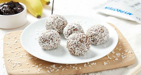 Grab & Go | Coconut & Whey Protein Balls Recipe