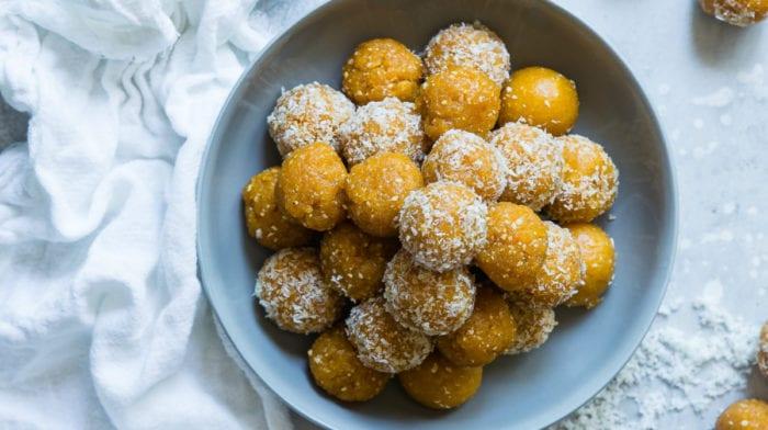 Pumpkin Protein Balls | Healthy Fall Dessert