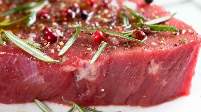 ビーフプロテイン|高品質な牛肉プロテインのメリットやデメリットとは?