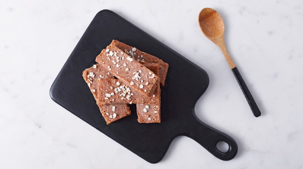 No Bake Cookie Protein Bars