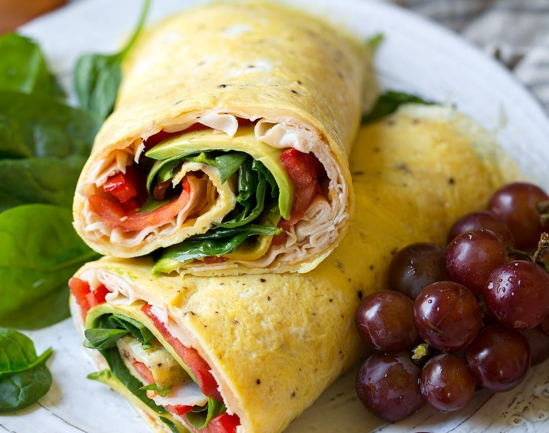 egg and chicken egg wrap