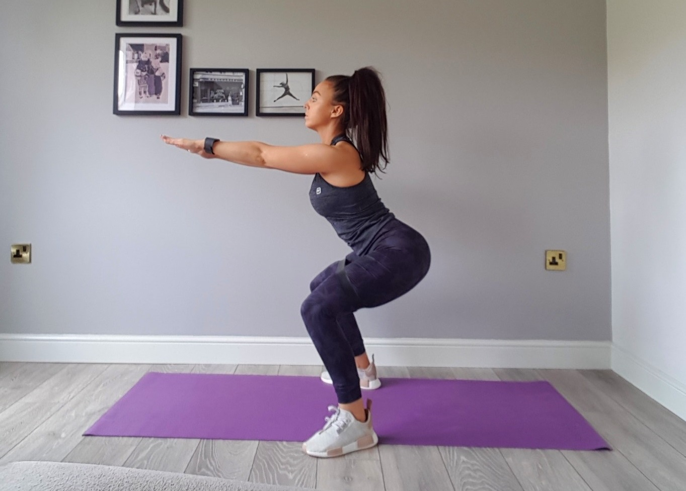 activate glutes bodyweight squats