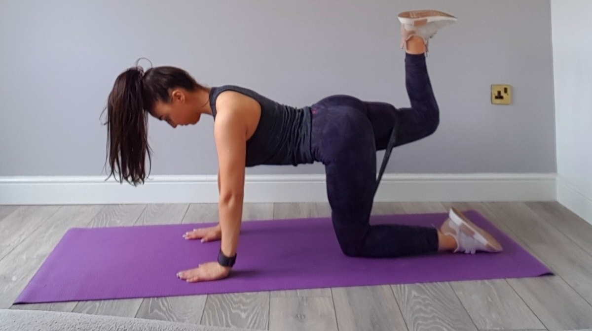 5 Exercises To Activate The Glutes