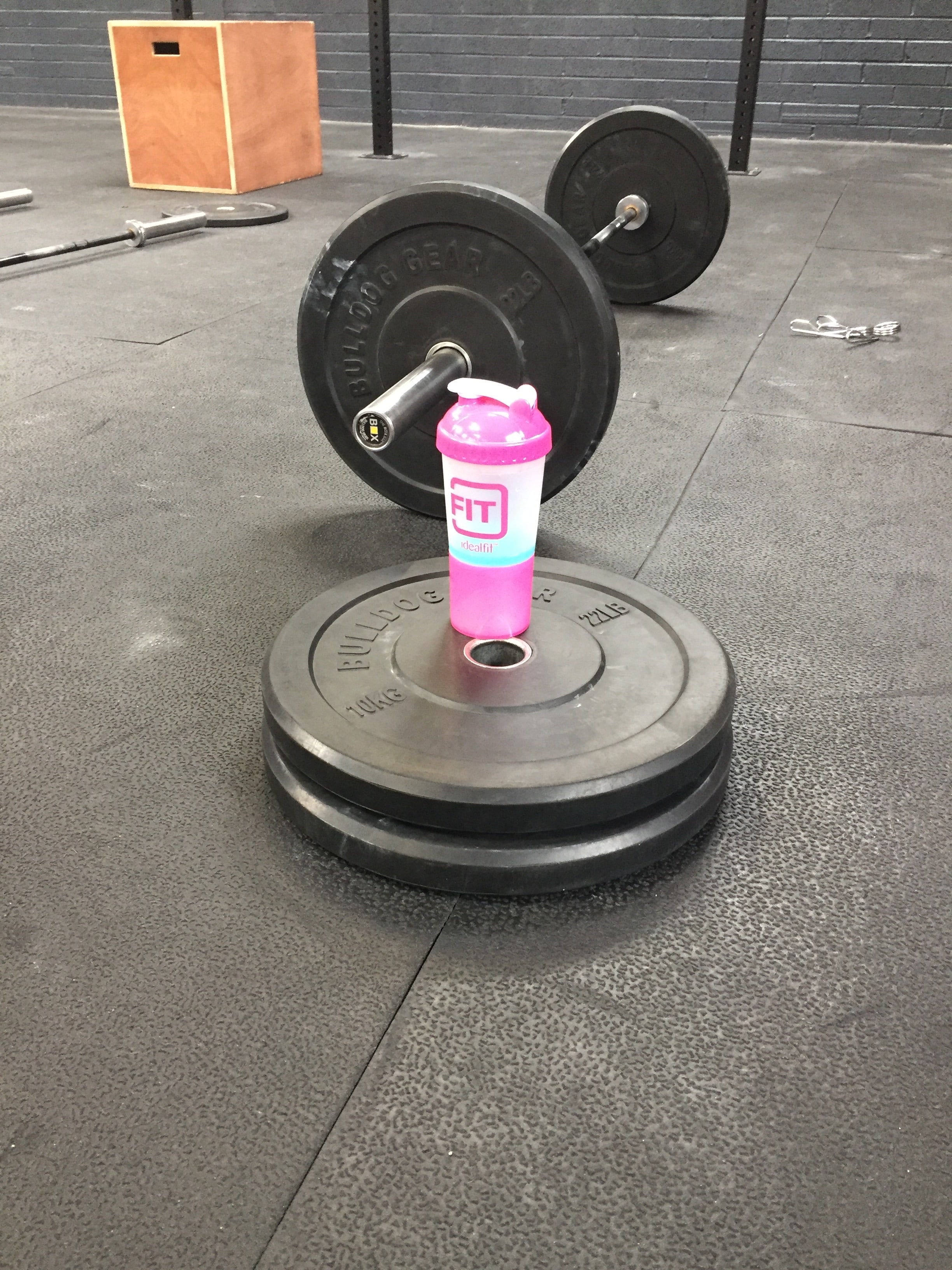 barbell and idealfit shaker