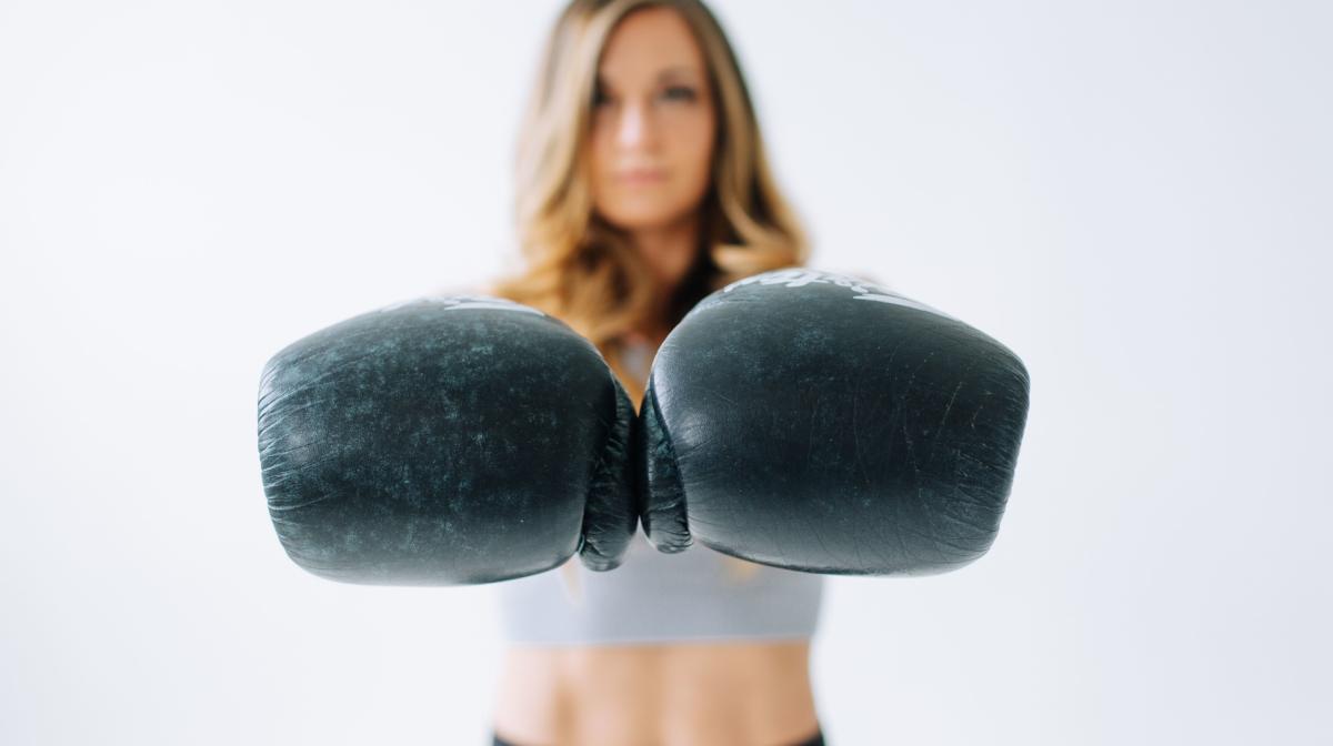10 Ways to Reduce Bloating & Beat That Bloat