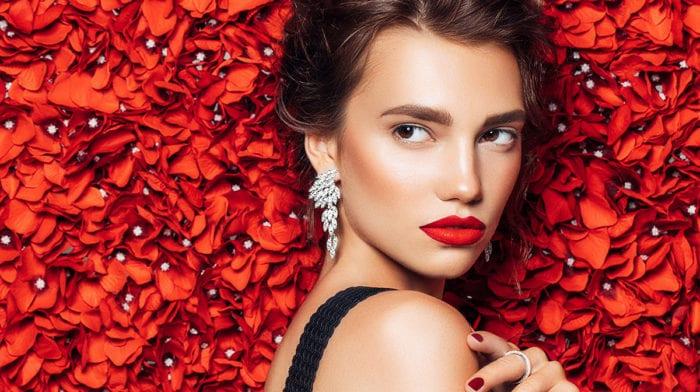 Makeup Inspiration For A Thanksgiving Celebration