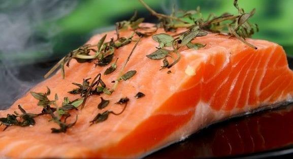 les poissons gras sont riches en vitamine D. Profitez en !
