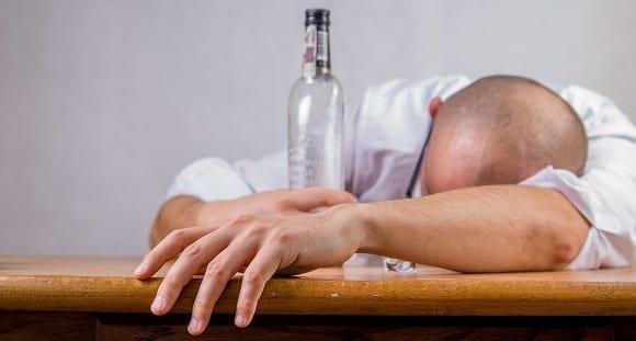 alcool-et-gueule-de-bois