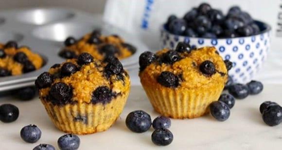 Muffins protéinés à la myrtille