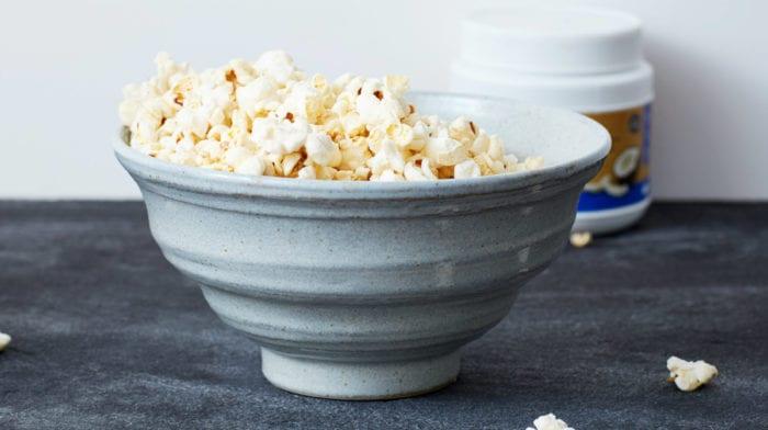 Pop-corn à la noix de coco et à la vanille maison