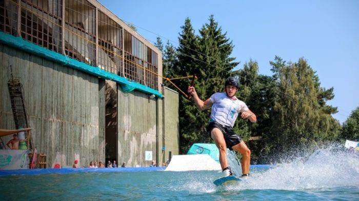 Perdre de la masse graisseuse avec le ski nautique