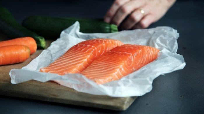 saumon protéine et lipides