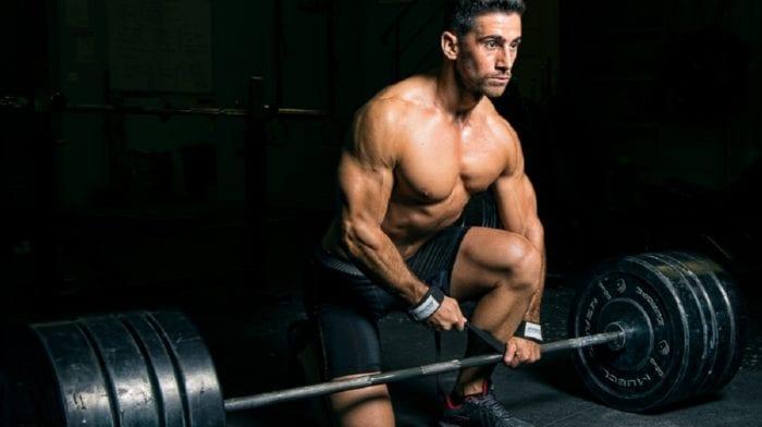 Musculation et exercices avec une barre