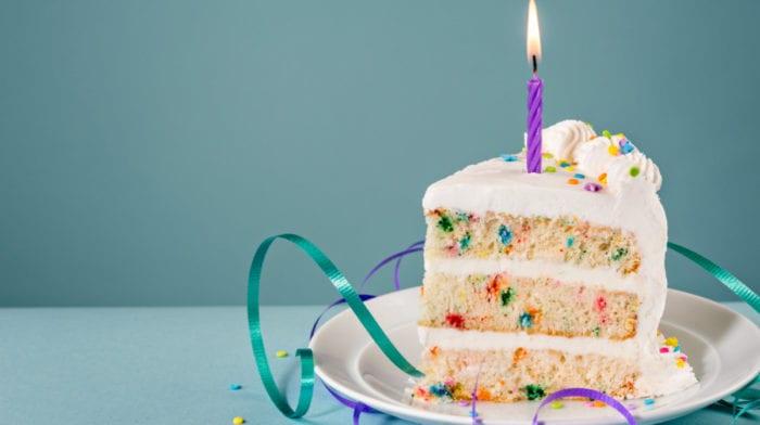 La recette ultime de gâteau d'anniversaire protéiné