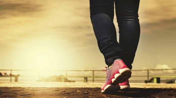 La marche: Comment brûler des calories en marchant?