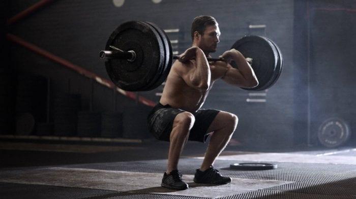 6 façons de construire du muscle et de perdre du poids