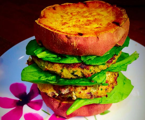 Gesunde-Quinoa-Burger-mit-Hähnchen-6