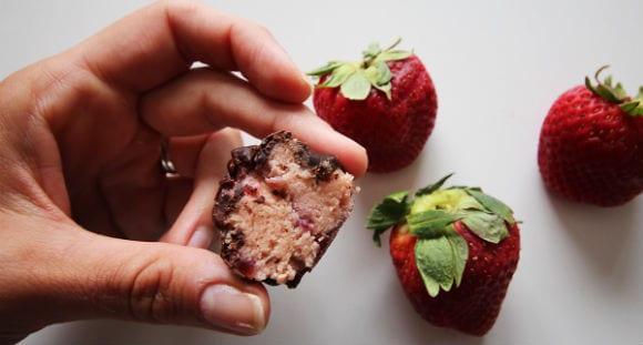 Bananen-Erdbeer Protein Bites