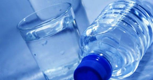 Abnehmtipp 6: Mehr Wasser trinken