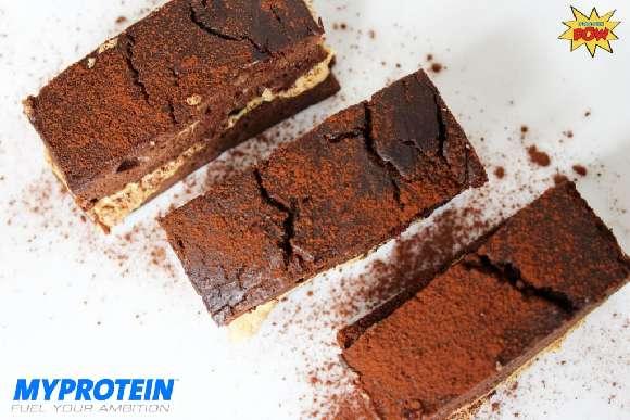 Schoko-Protein-Kuchen mit Cashewbutter