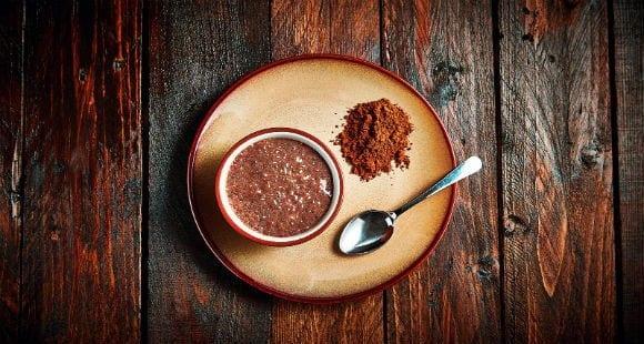 Heißer Chia Samen Protein Pudding