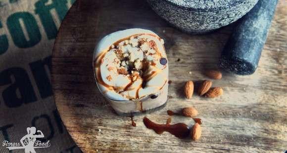 Erdnussbutter-Kakao Smoothie
