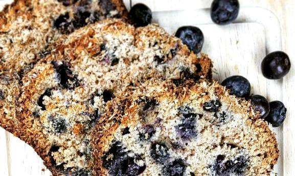 Kokos-Blaubeer-Brot