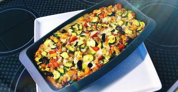 Gemüse-Auflauf mit Hähnchen & Bohnen
