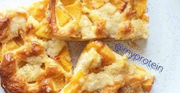 Proteinreicher Pfirsich Blechkuchen