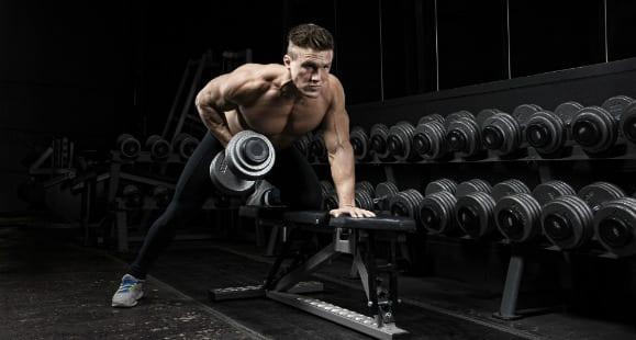 Fettabbau & Muskelaufbau: 7 Tipps, wie du das Time Under Tension (TUT) Konzept für dich nutzt, um schnell fit zu werden