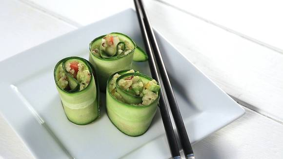 http://de.myprotein.com/thezone/wp-content/uploads/2016/03/Cucumber-sushi-STILL.png