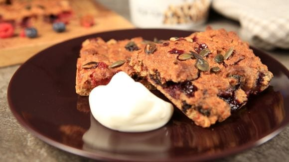 Superbeeren Blechkuchen | Gesundes Frühstücks-Rezept