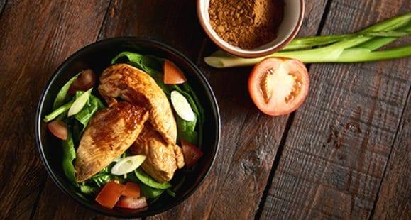 Wie genau sieht eine eiweißreiche, kohlenhydratarme Diät aus?