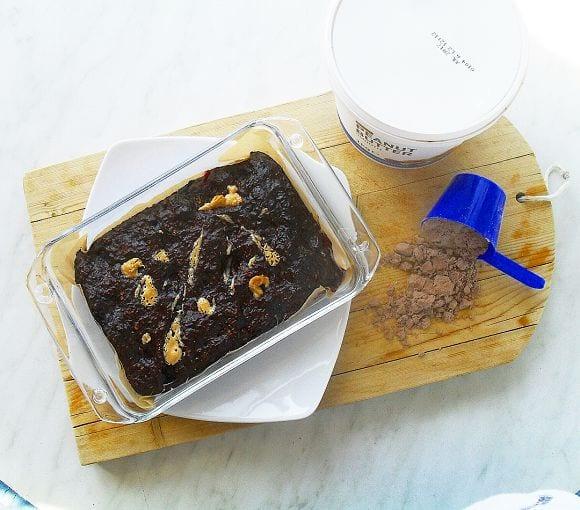 Schoko-Beeren-Kuchen mit Erdnussbutter | Fitness Snack