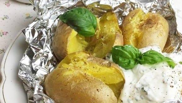 Ofenkartoffel mit Sour Cream | Gesunde Mahlzeit