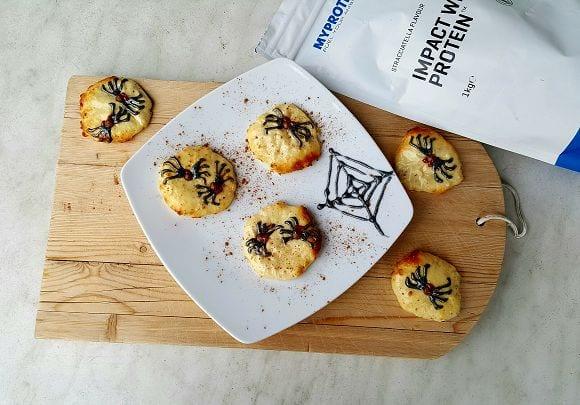 Gesundes Halloween Party Rezept | Protein Cookies mit Spinnen Look